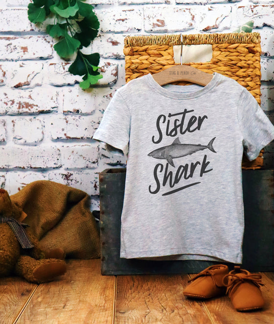 Sister Shark Kids Shirt-Big Sister Shirt, Big Sister Gift, Pregnancy Announcement, Baby Shower Gift, Pregnancy Reveal, National Siblings Day