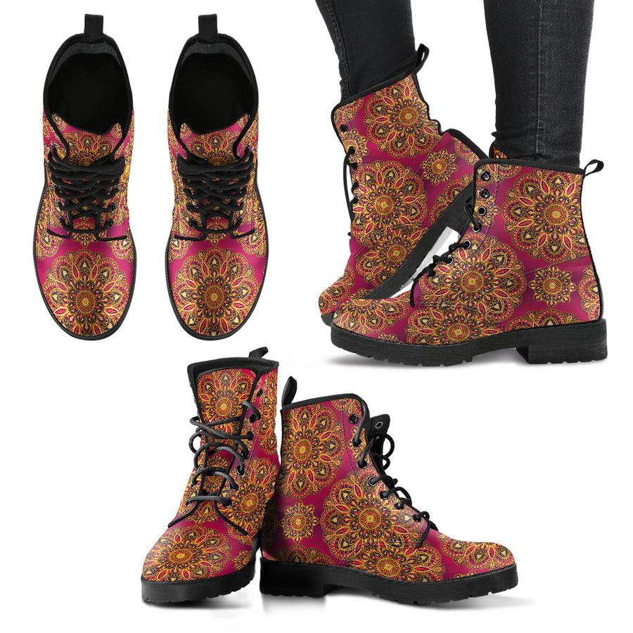FREE YOURSELF WOMEN'S BOOTS