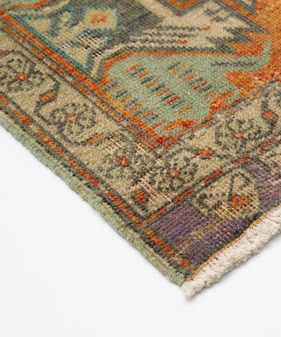 Vintage Small Turkish Rug - 1.8 x 3.5 feet - pillowmehome