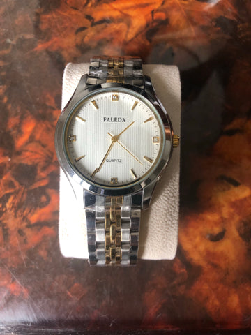 Brand New Men Watch Gold Silver