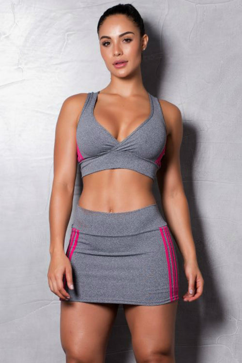 STRIPES-SPORTS-BRA-AND-SKORTS-SET-GYM-ROCKS-CAPE-TOWN-1