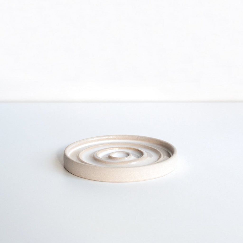 Dor & Tan Round Soap Dish