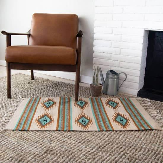 Decor Artesanal Handmade Mexican Wool Rug with Double Diamonds Jungle Pillows