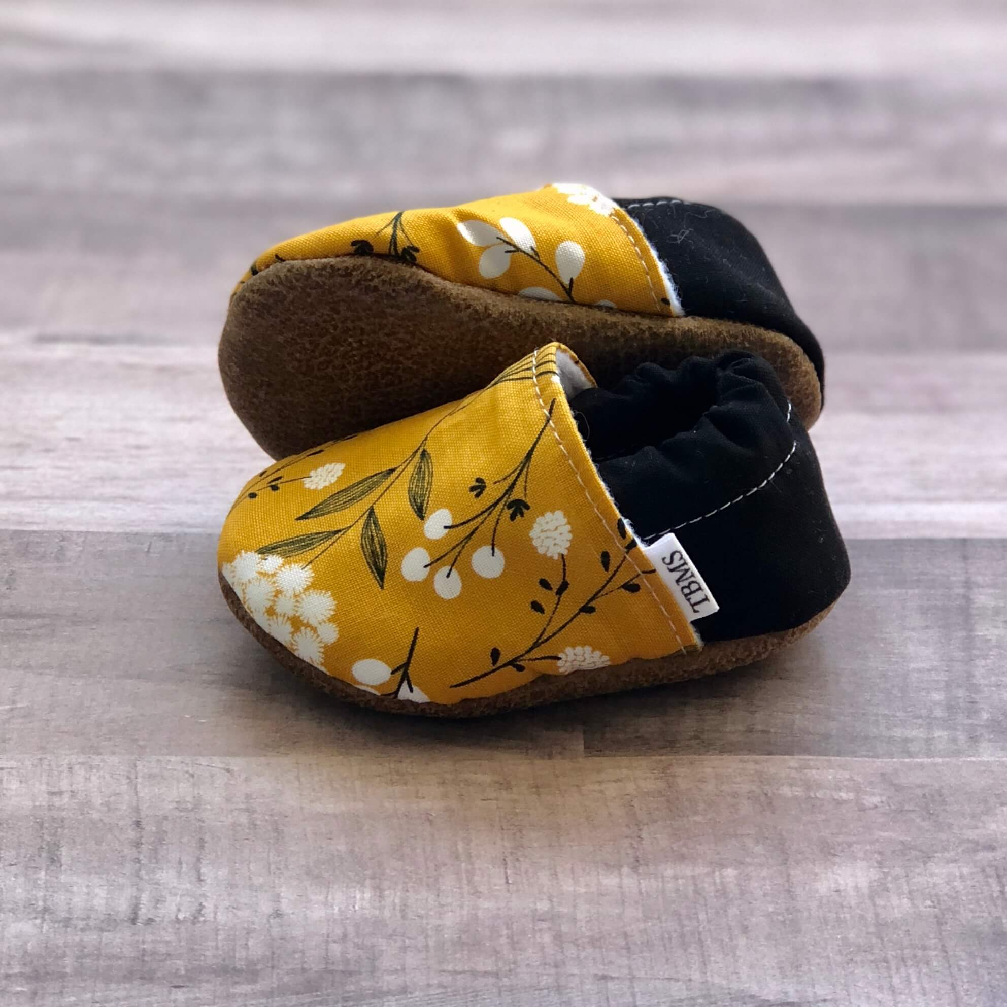 Trendy Baby Mocc Shop Mustard Floral Low Tops Jungle Pillows