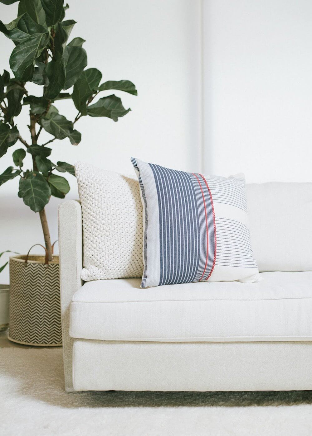 Bloom & Give Kaal Pillow Jungle Pillows