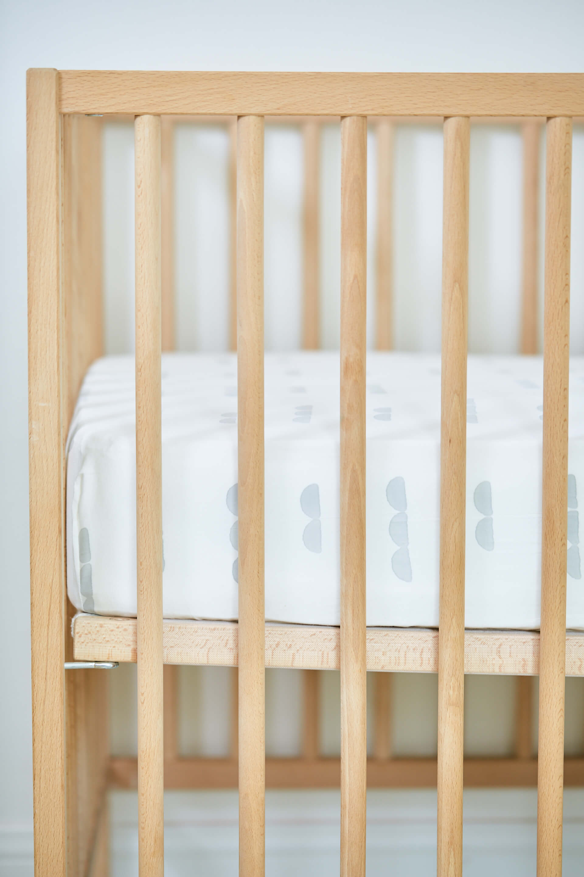 Kindred Kid & Baby Organic Cotton Abacus Crib Sheet Jungle Pillows