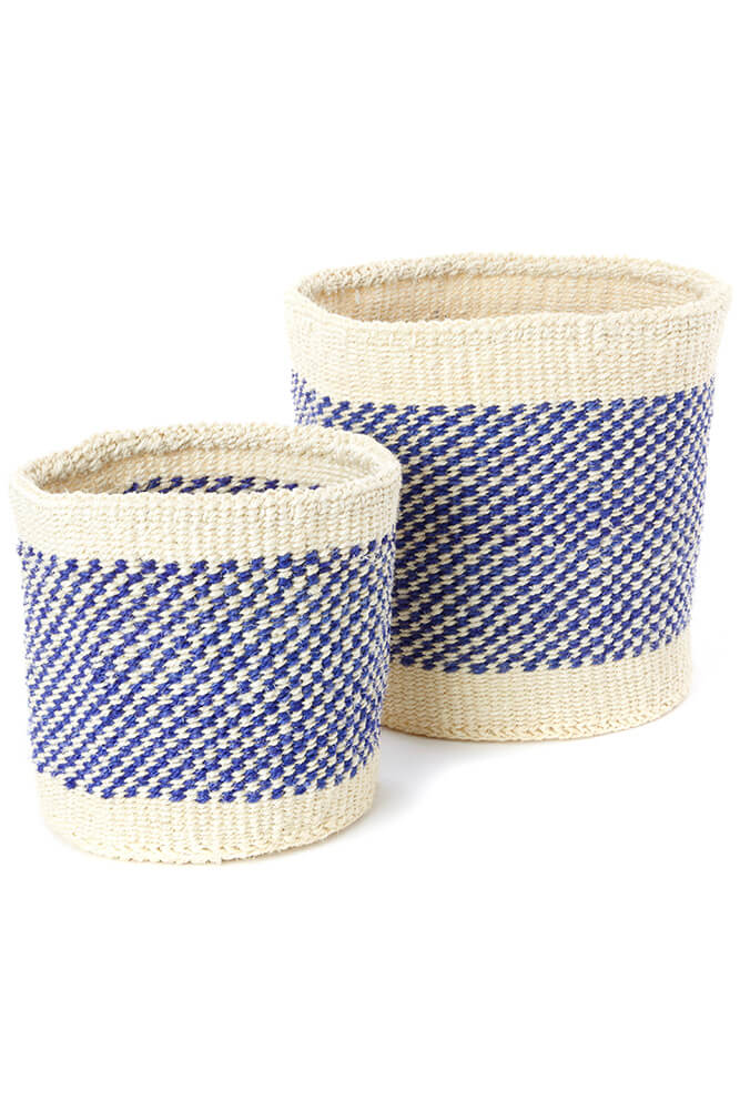Swahili African Modern Set of Two Blue and Cream Twill Sisal Nesting Baskets