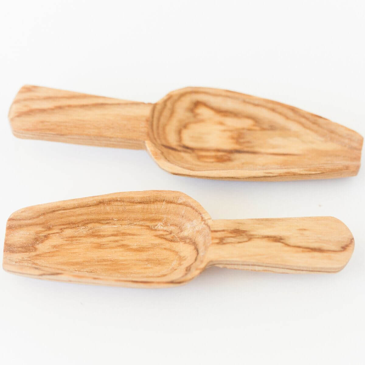 Acacia Creations Olive Wood Spice Scoop Set Jungle Pillows