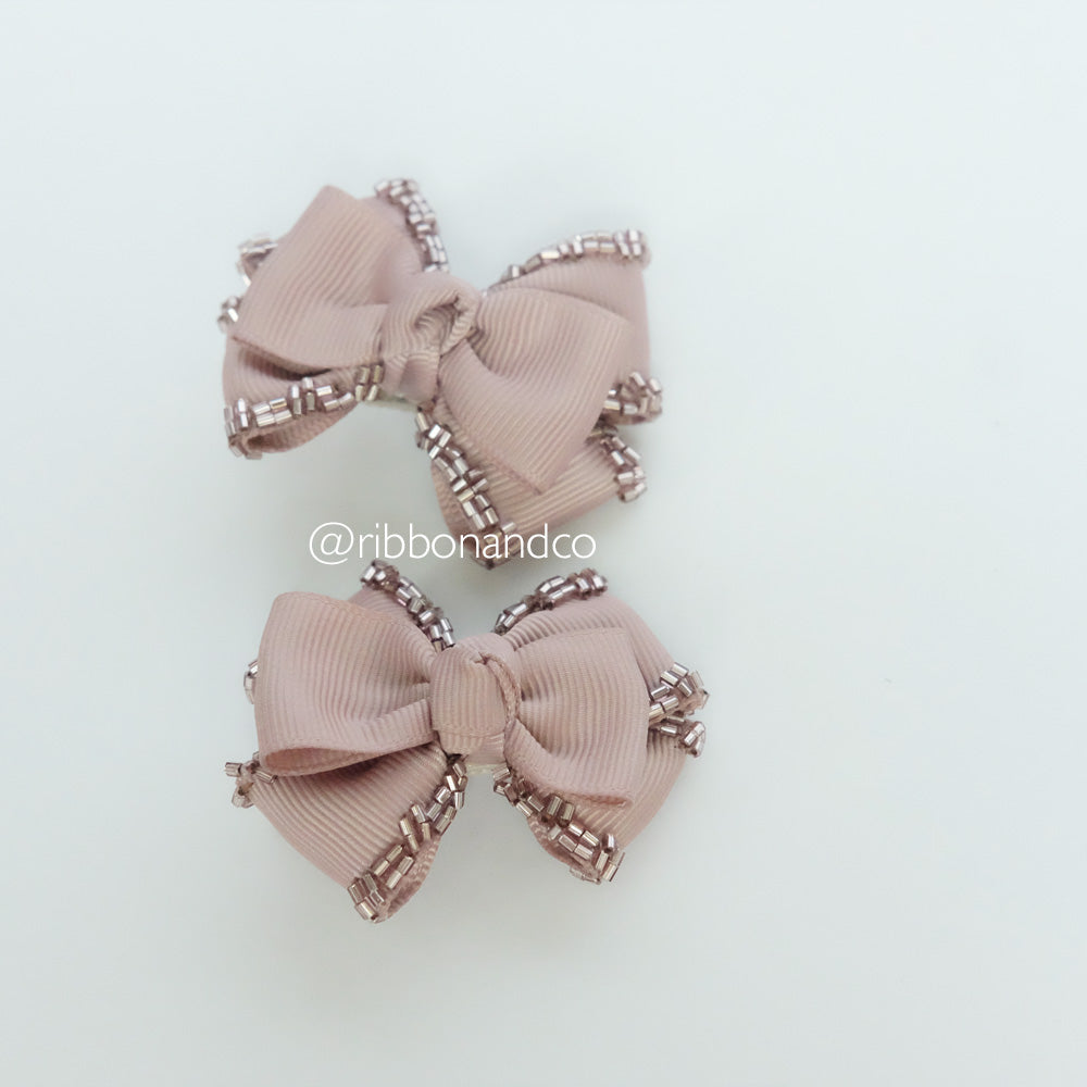Mini Tribow Taupe Hairclips