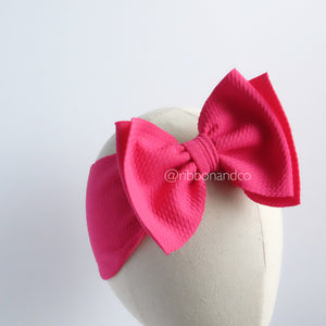 Ashley Bow Medium Fuchsia