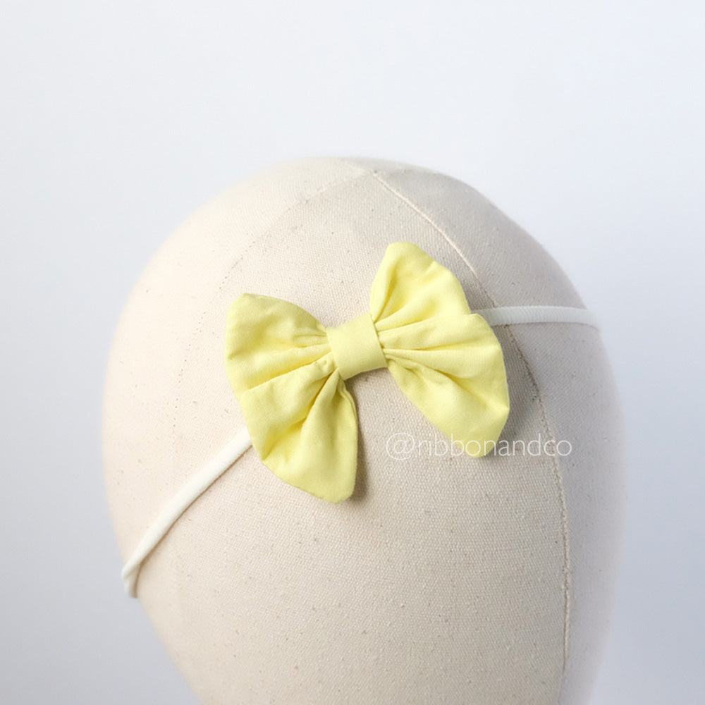 Butterfly Bow light yellow