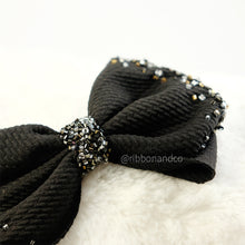 Ashley Bow Medium Crystal Black