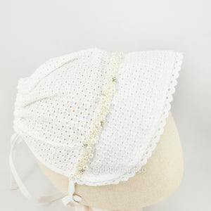 Bonnet White In Pearl Bling