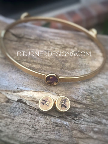 Pair of earrings and bangle - purple and gold