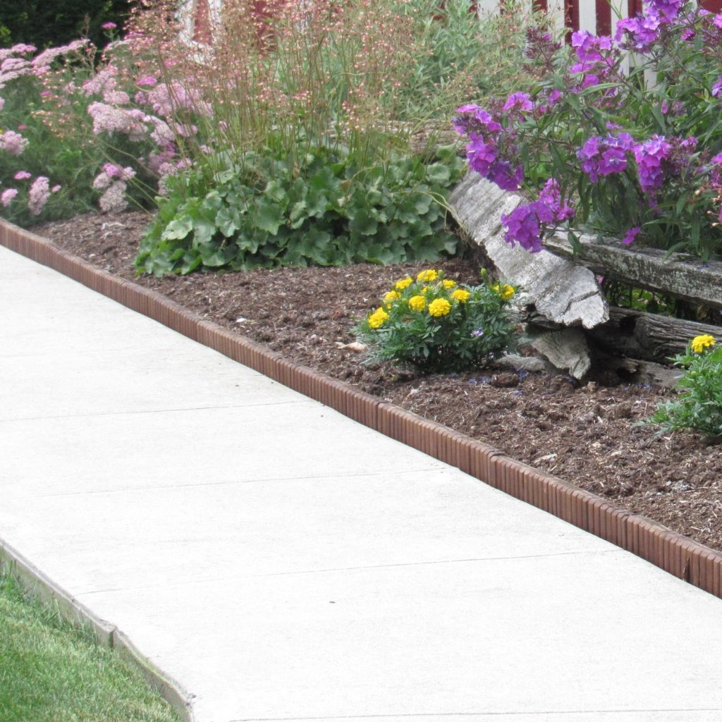 Brown Wooden Landscape Edging (4-Pk) 10' of Edging