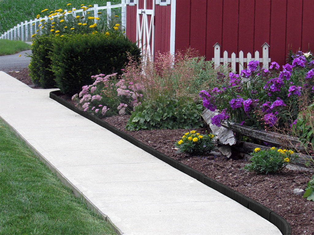 Black Flexible Poly Landscape Edging (6-Pk) 15' of Edging