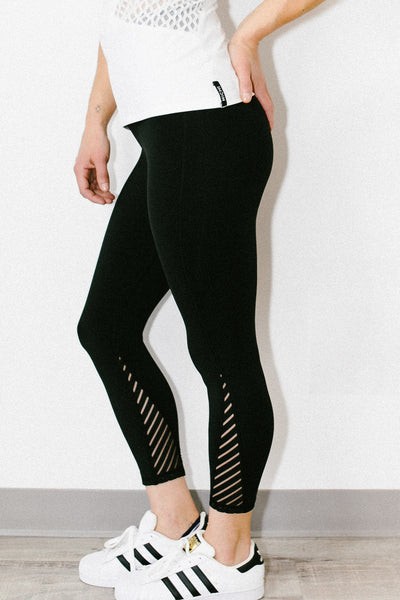 Altitude High Waisted Crop Legging