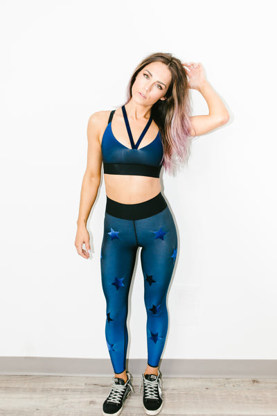 Ultra High Gradient Velvet Knockout Legging in Sapphire