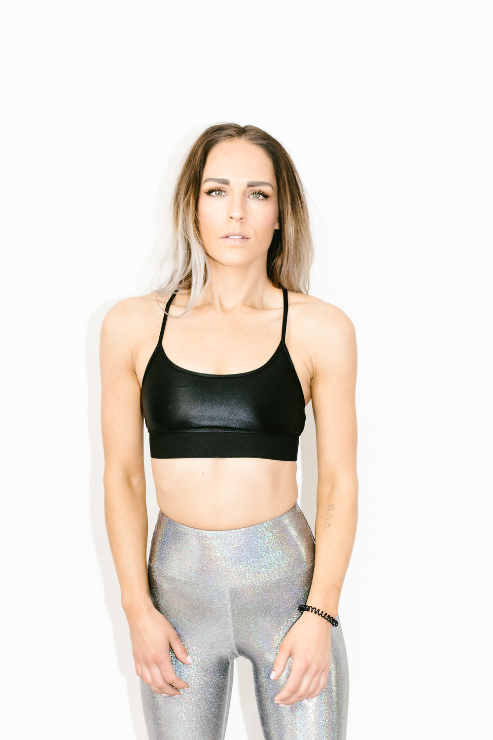 Sweeper Sports Bra in Black