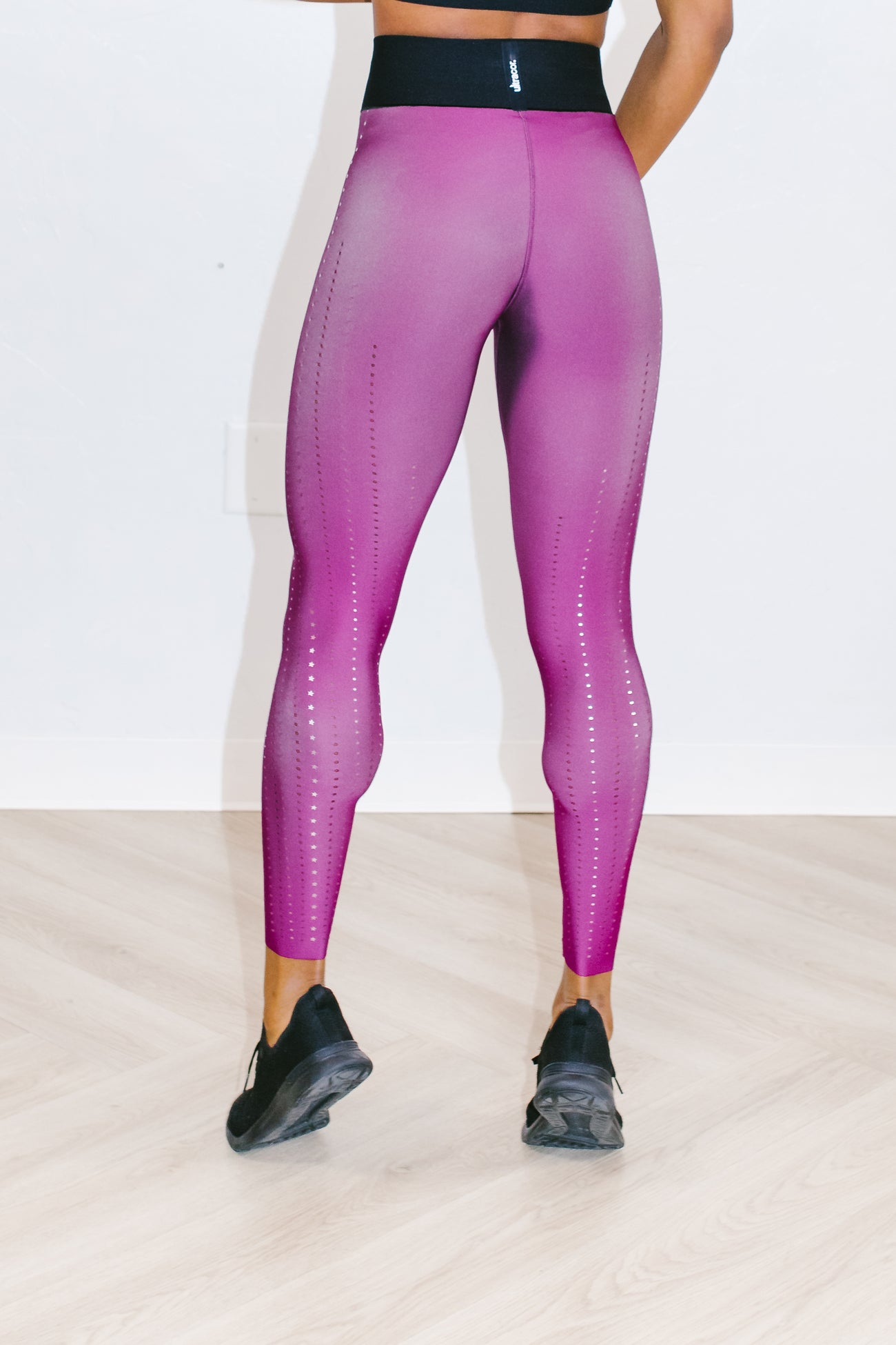Ultra High Corsetry Legging in Fuschia