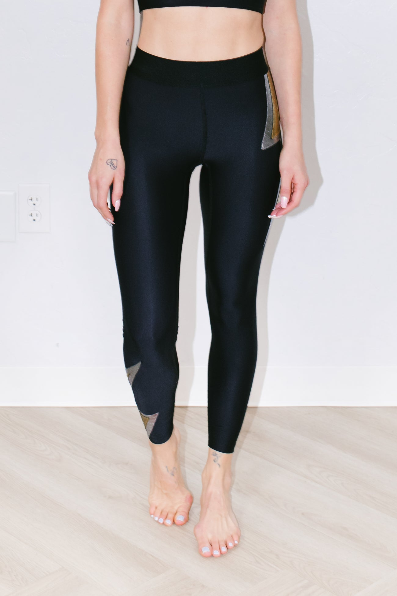 Strike Legging in Mixed Metal