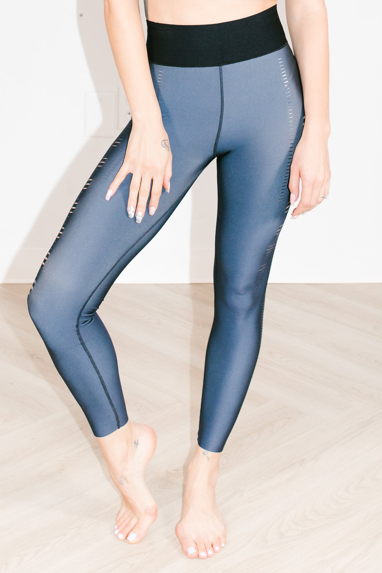 Ultra High Crescendo Legging in Slate Chameleon Silver