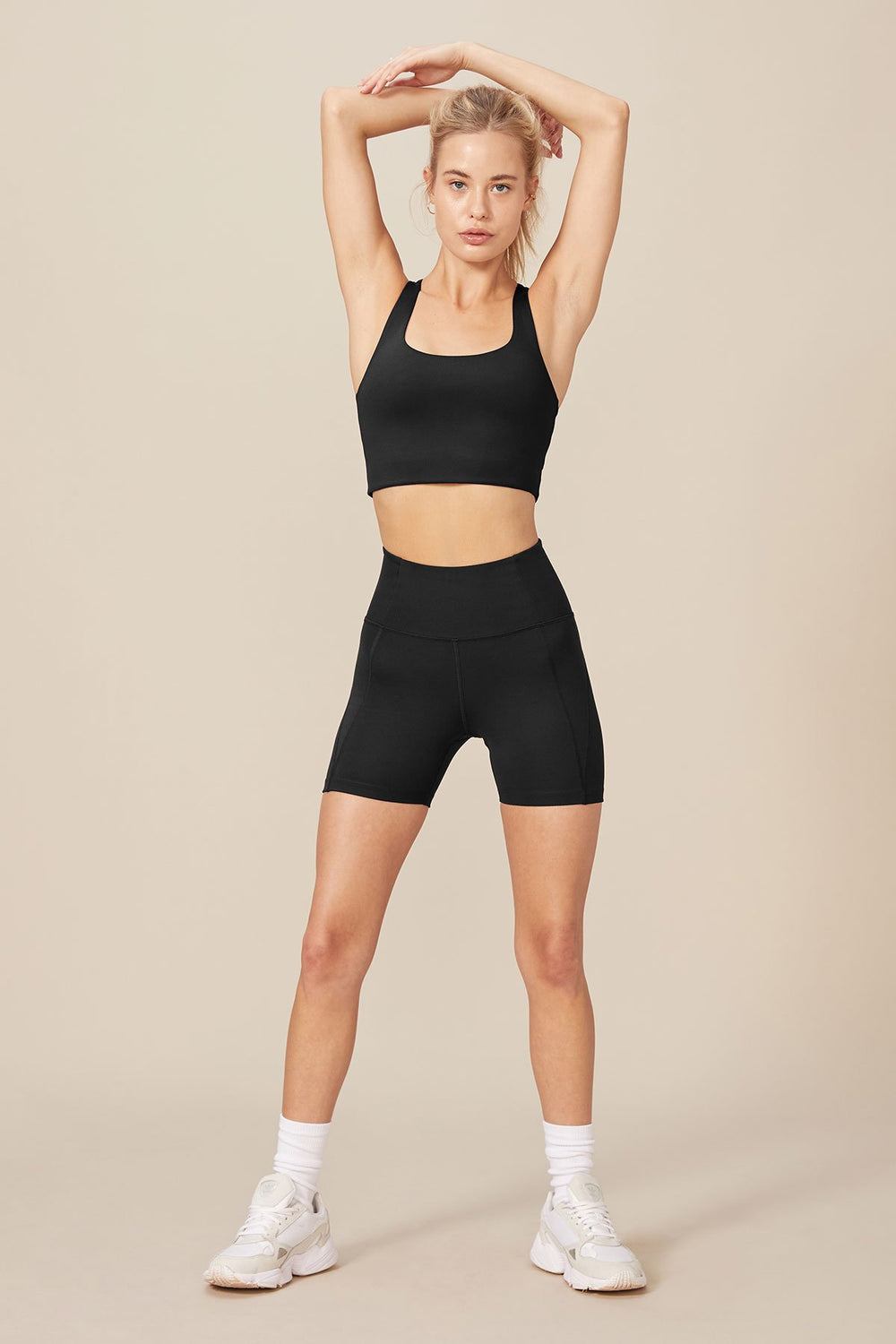 High Rise Run Short in Black