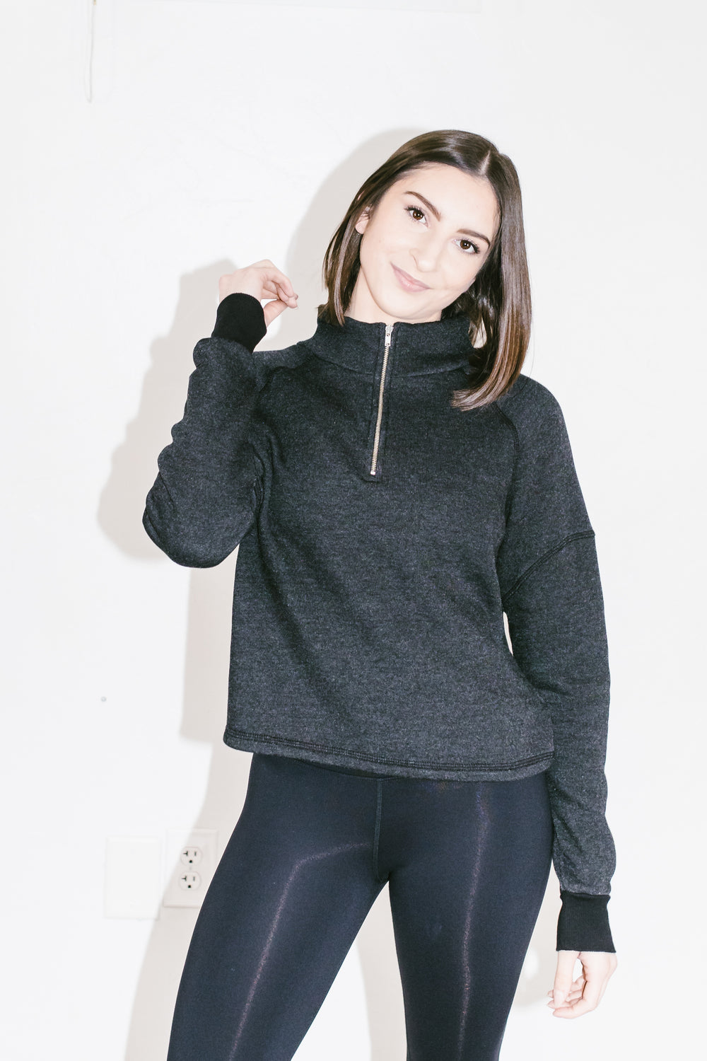 Vail Pullover in Black