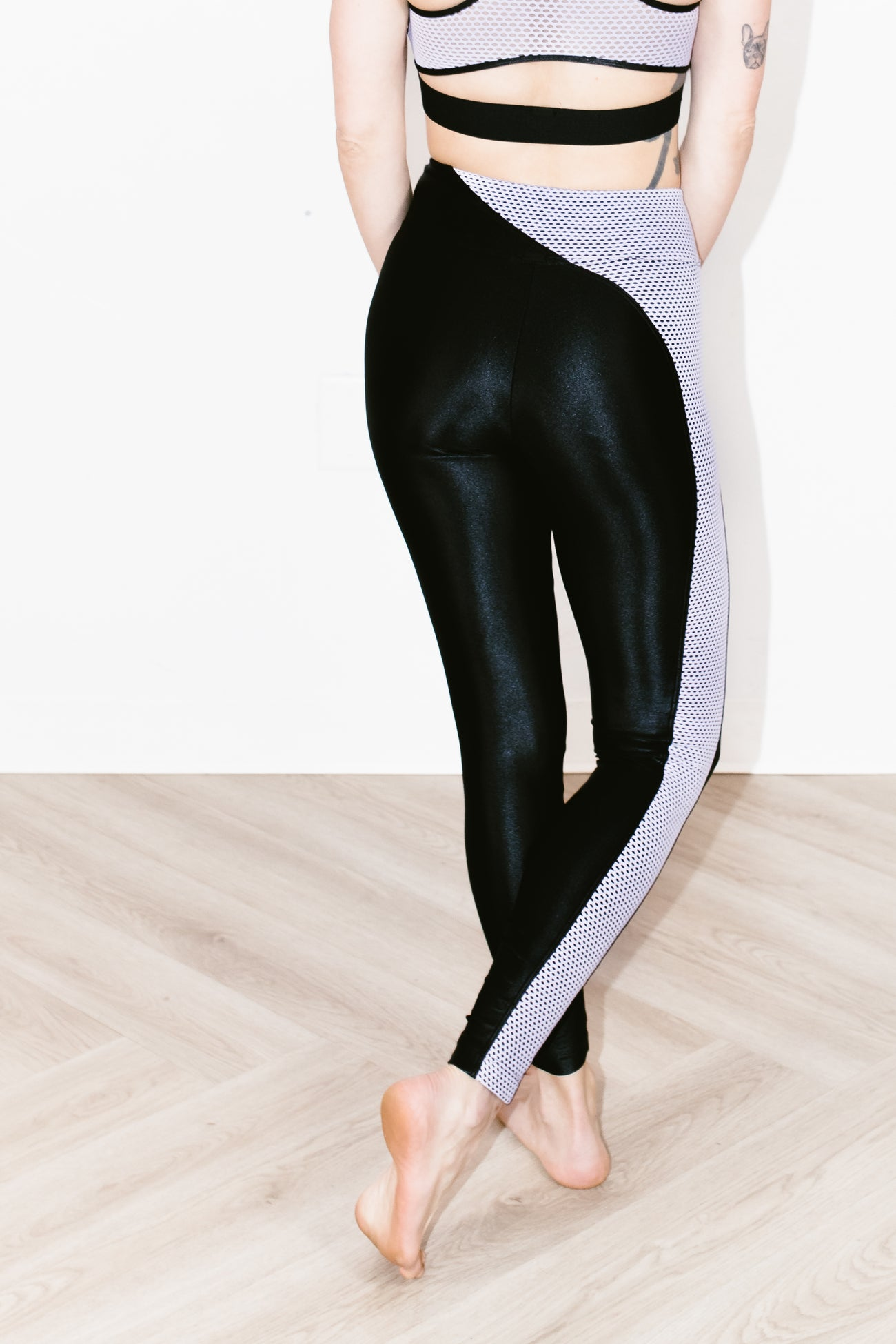 Chase High Rise Infinity Legging Black/Passion
