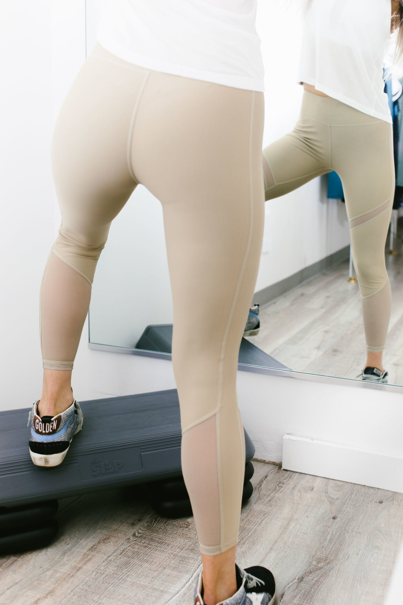 Savannah 7/8 Legging in Tan