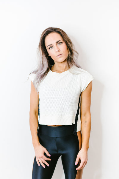 Futurist Netz Crop Top in Vanilla