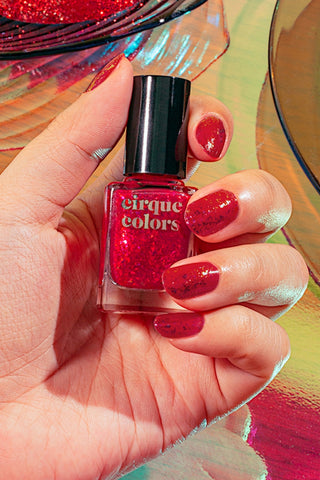CIRQUE COLORS CANDY APPLE POLISH