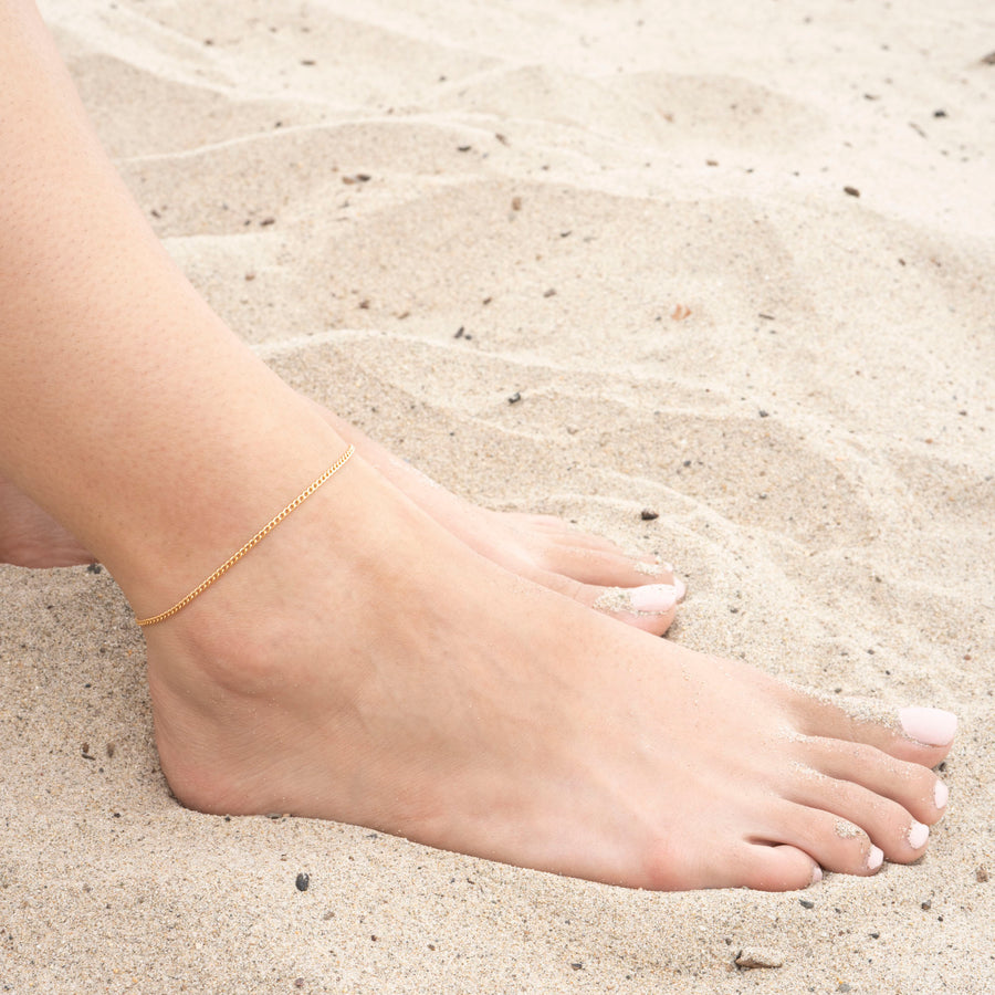Gold Thin Curb Anklet
