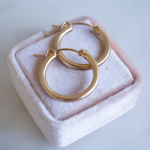 Clasp Hoops | 14k Gold Filled