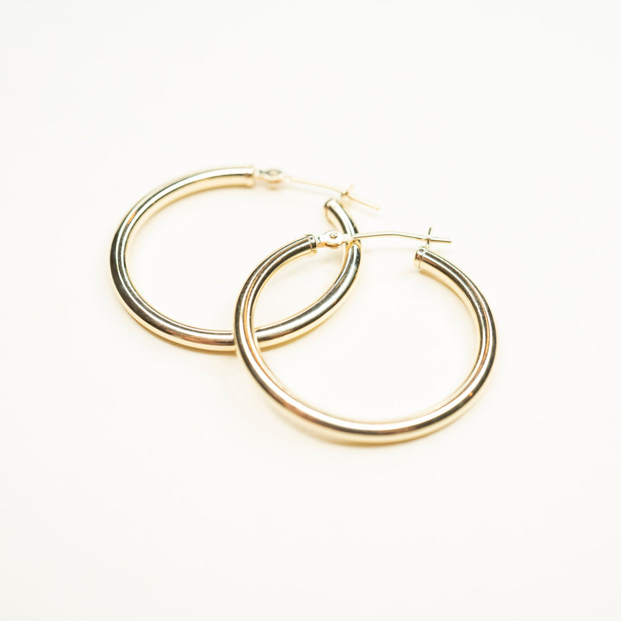 14k Solid Gold Hoops | 25mm | Lightweight Hoops, Clasp Hoops, Everyday Earrings, 14k Gold Hoops, 14k Gold Hoops, Simple earrings, Gold Hoops