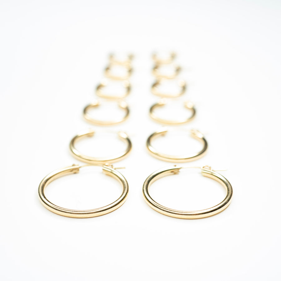 14k Gold filled Clasp Hoops, Gold Hoops, Lightweight Hoops, Clasp Hoops, Gold Filled Hoops, 14k Gold Hoops, Simple earrings, Classic Hoops