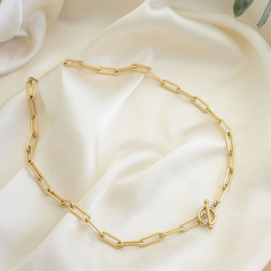 Gold Stella Necklace