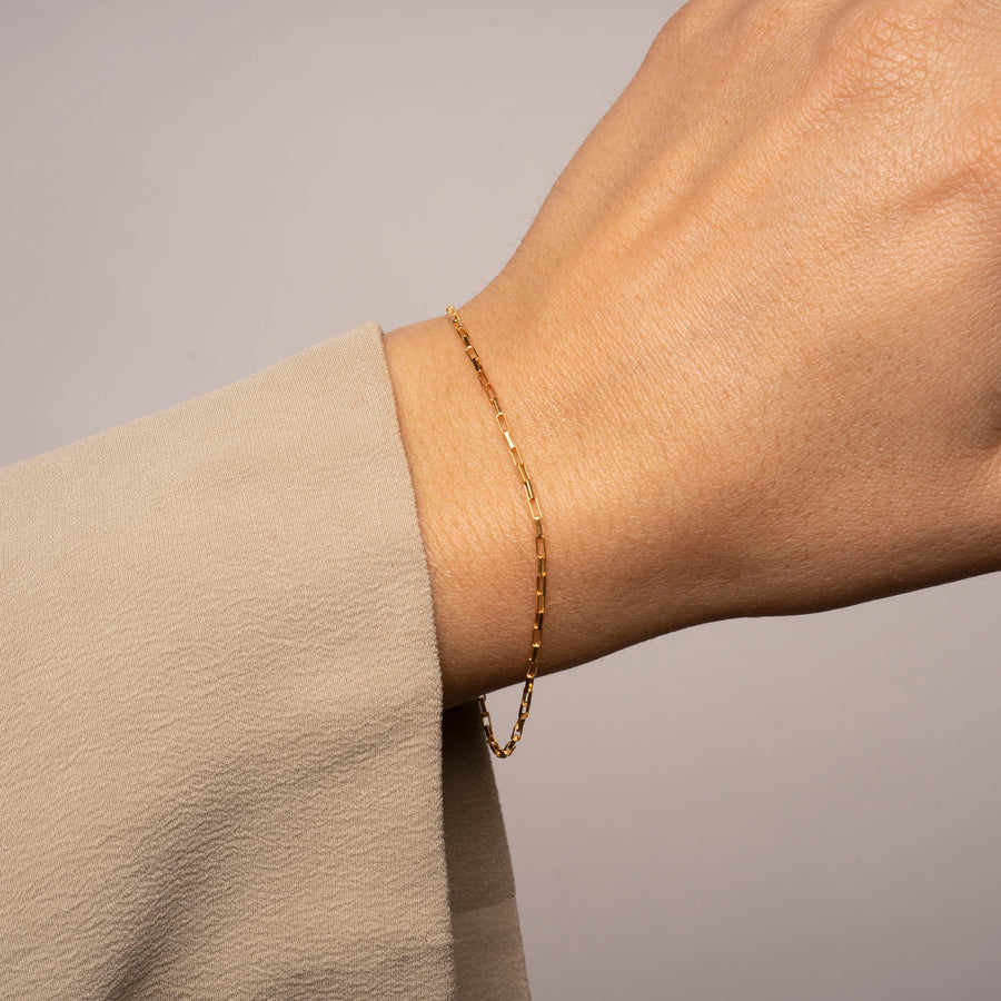 Gold Thin Box Bracelet