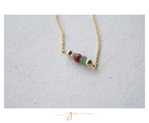 Collar Gem Bar con Piedras del Mes (Birthstones)