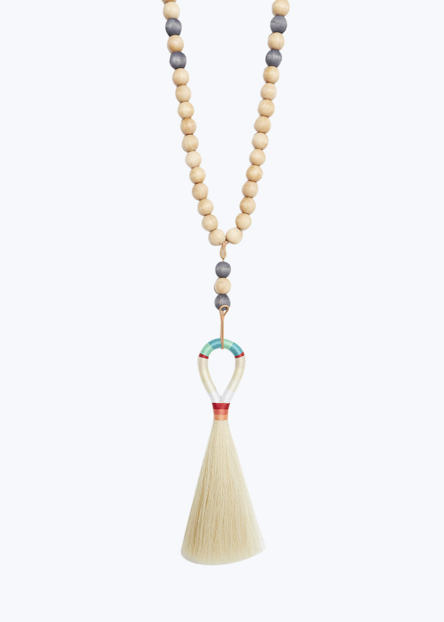 Worry Beads w/ White Horse Hair Tassel