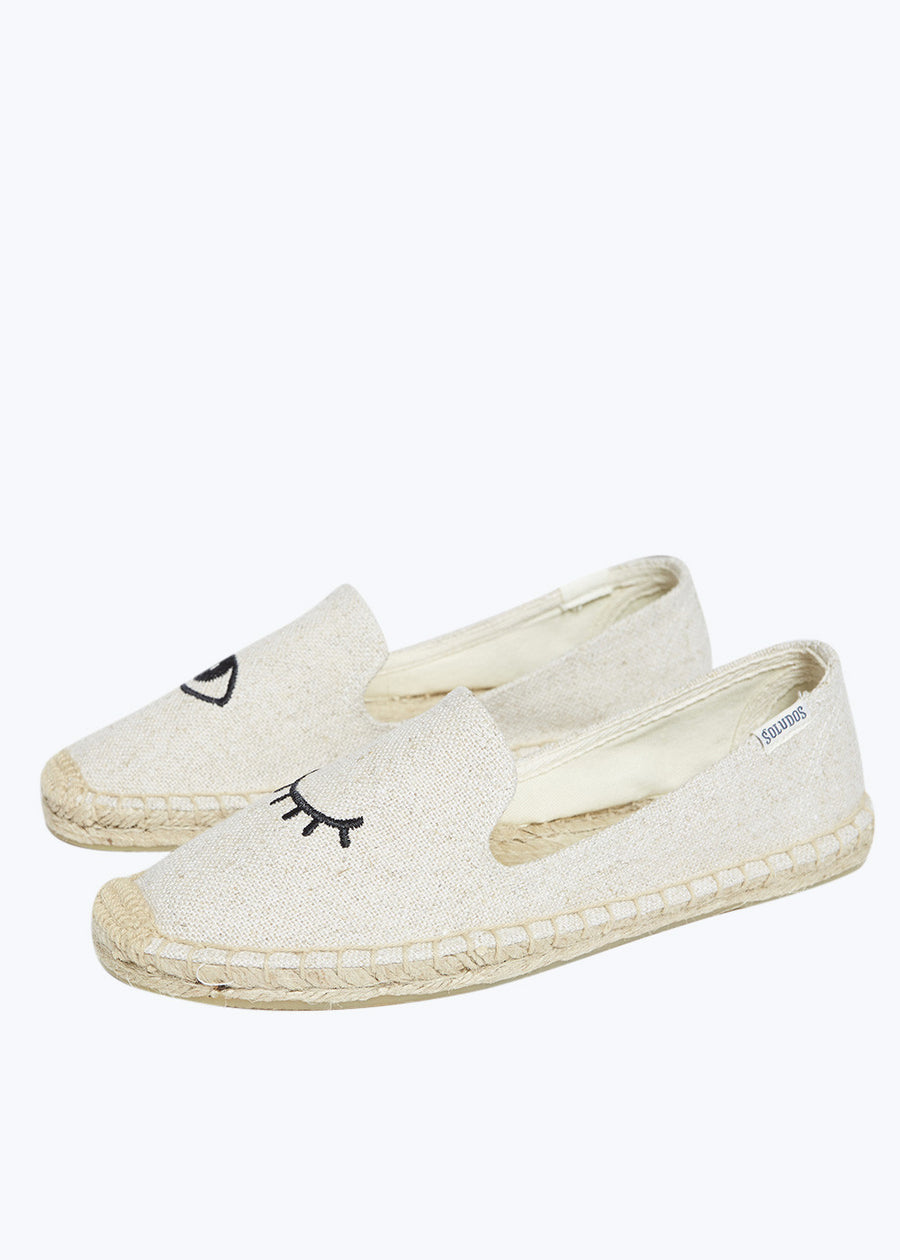 Sand Wink Embroidered Slipper