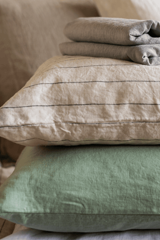 Multi - Pillowcase - Piglet in Bed US