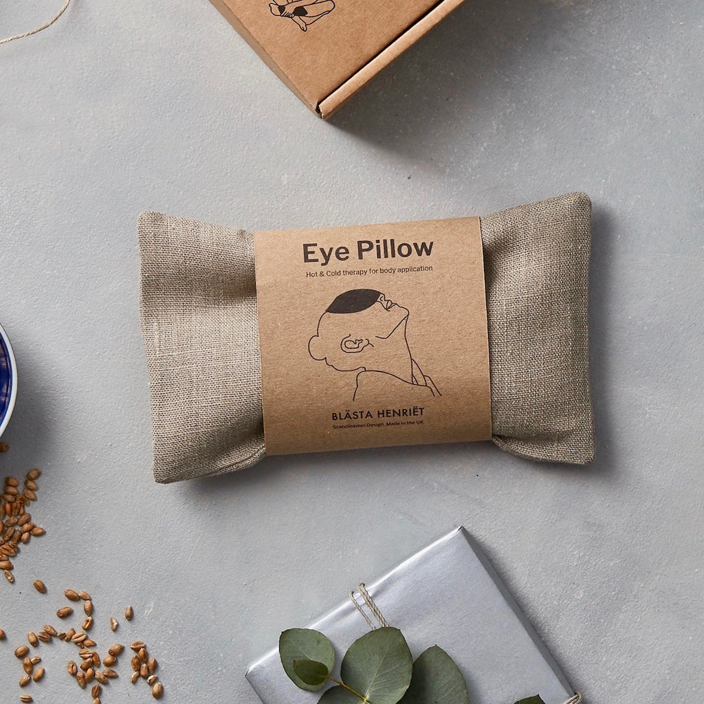 Wheat Eye Pillow in Plain Linen - Piglet in Bed