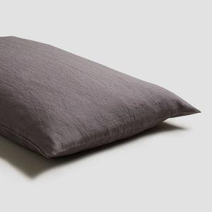 Charcoal Gray Linen Pillowcases (Pair) - Piglet in Bed