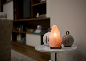 pros and cons of himalayan salt lamps