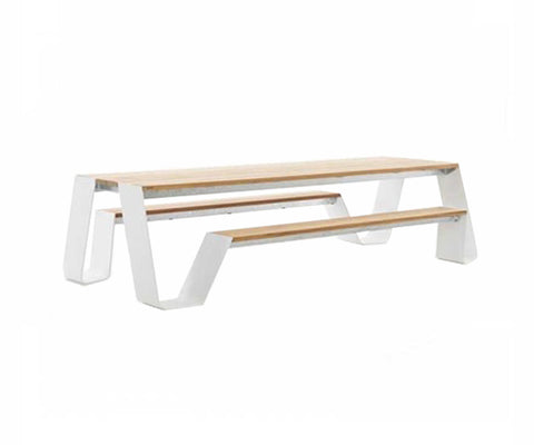 Hopper 300 Dining Table