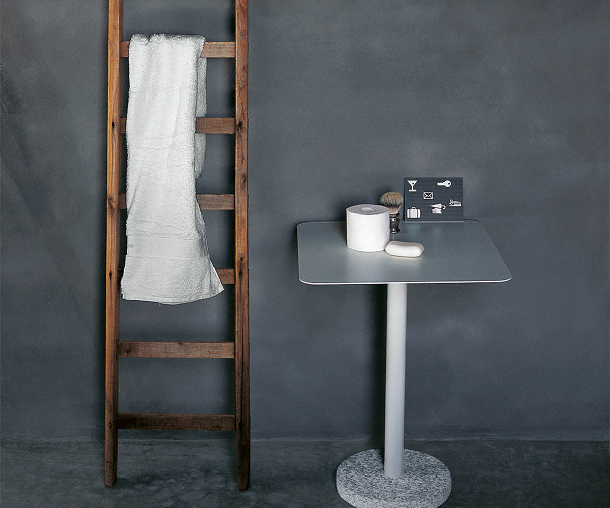 Bernardo 353 Side Table Roda