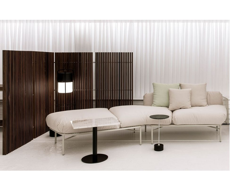 Doty Indoor/Outdoor Sofa Tilted Sollos