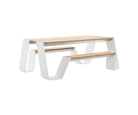 Hopper 180 Dining Table