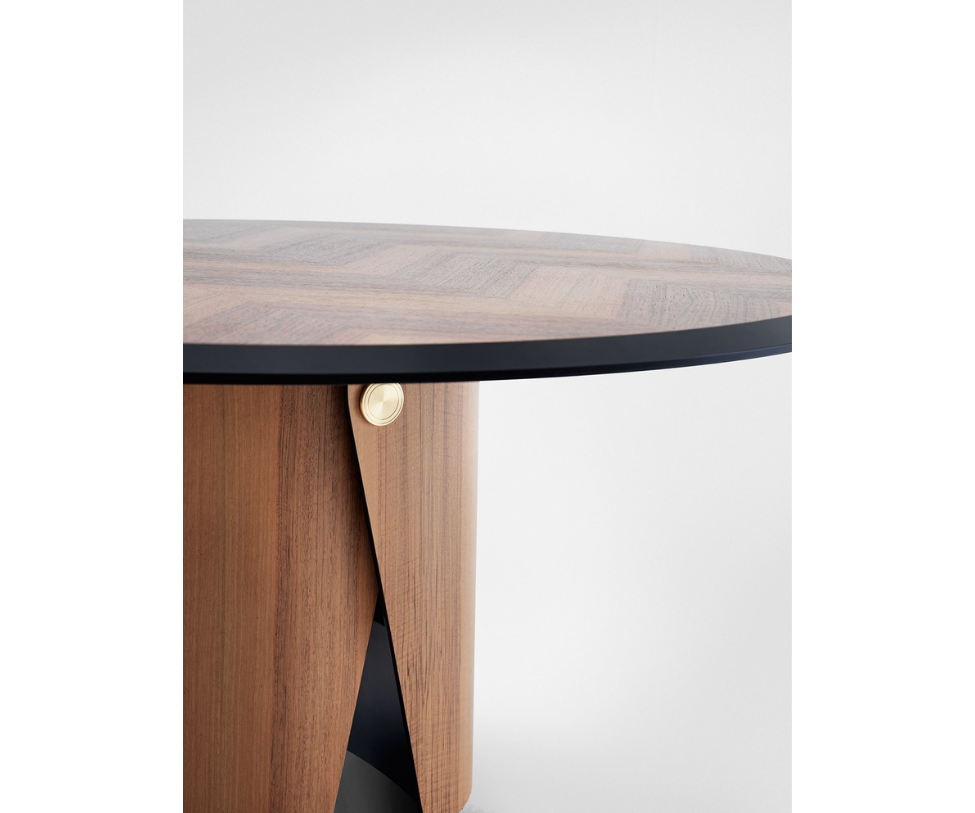 Manto Dining Table